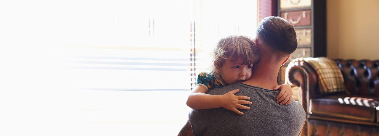 little-girl-and-dad-hugging-DigBan-2500x900.jpg
